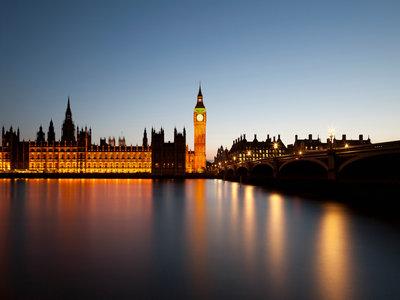 申请英国探亲签证需提供在职证明吗?